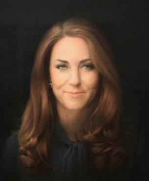 Duchess of Cambridge, Kate Middleton's first official portrait, by the amazing artist Paul Emsley.  A Gorgeous work - absolutely worthy of royalty.